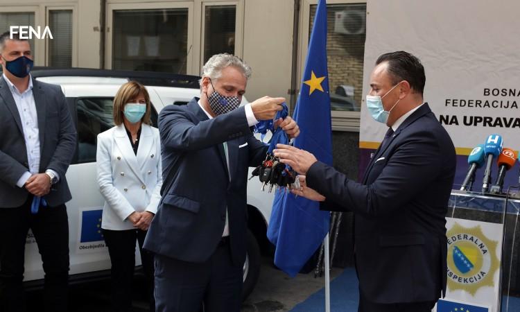 eu-donirala-14-vozila-fitosanitarnim-inspektorima-u-fbih
