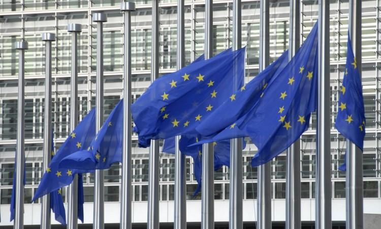 stanovnici-zapadnog-balkana-zahtjevaju-ukidanje-viza-i-potpunu-slobodu-kretanja